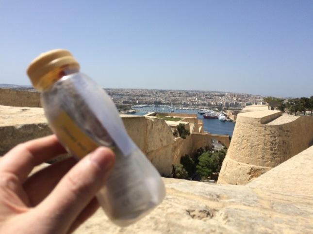 Nej jag drog till mer civiliserade platser, tex Huvudstaden, Valletta. Detta var första cachen in i gamla stan...